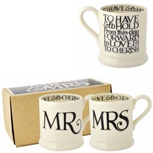Boxed ½ Pt. Mugs Mr & Mrs Black Toast